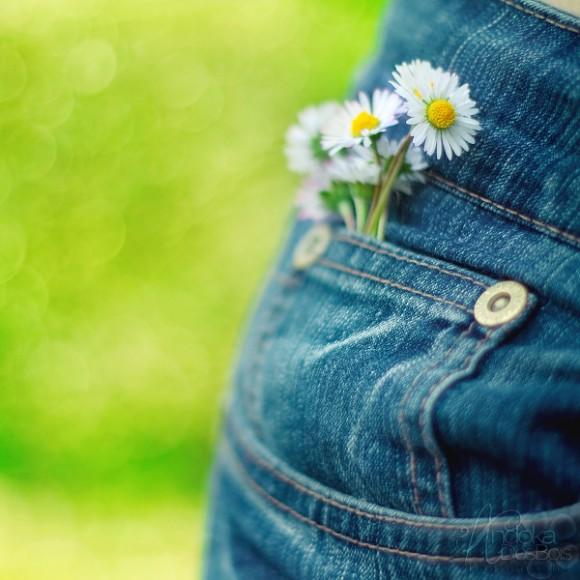 Jedno je sigurno, bez obzira šta si sada, sutra ćeš već biti malo drugačiji, od tebe zavisi!